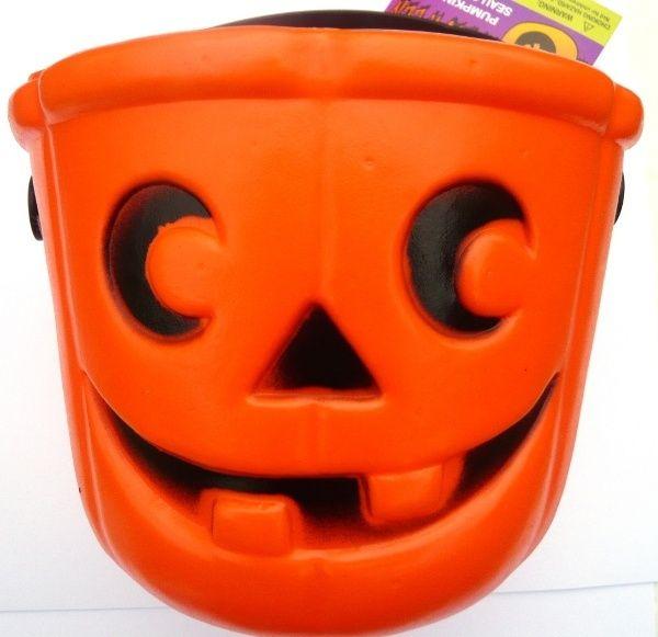 Plastic Halloween Trick Or Treat Orange Pumpkin Pail