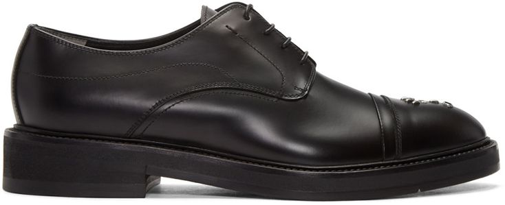FENDI Black Bag Bugs Oxfords. #fendi #shoes #flats