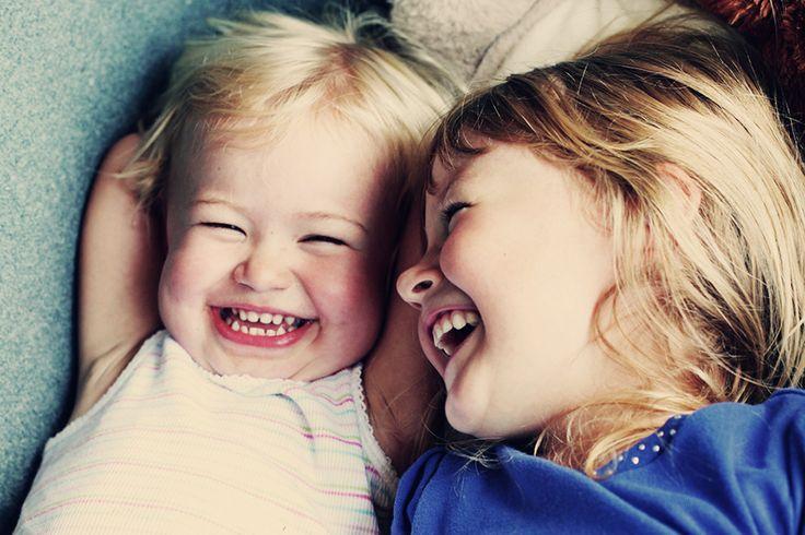Humor y educación, unidos por la risa. Articulo muy interesante para que tomemos conciencia, que cuando una idea va unida al humor, queda más tiempo en el cerebro.