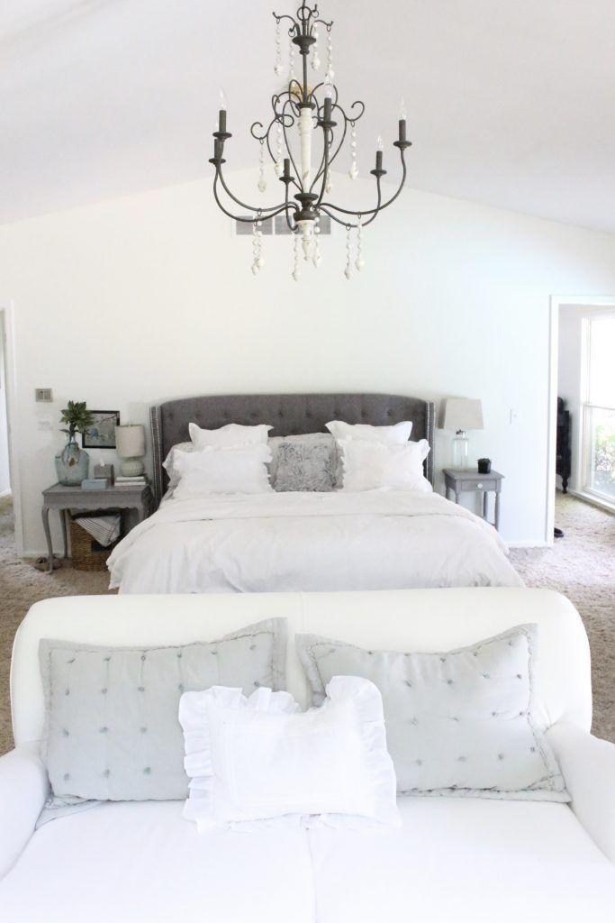 A Light Airy Summer Bedroom Bedroom Decor Bedroom Ideas Bedroom Decorating Master Bedroom D Chic Bedroom Shabby Chic Master Bedroom Chic Interior Design