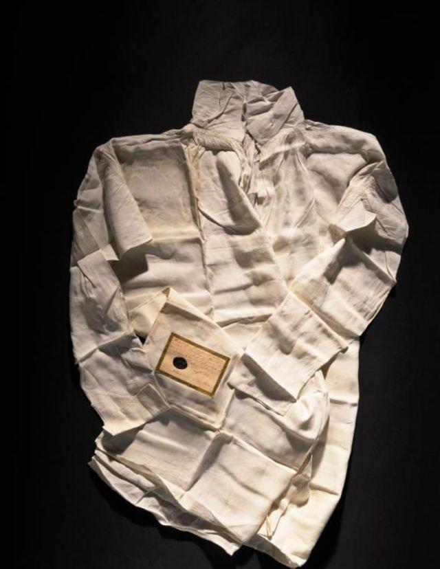 L'une des nombreuses chemises de Napoléon.