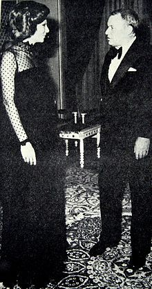 Empress Farah Diba of Iran with Frank Sinatra. That DRESS.