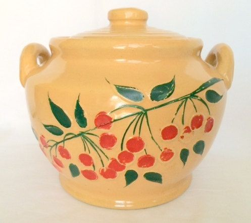 Bean Pot Two Handled Red Wing Stoneware with by DejaVuVintiques