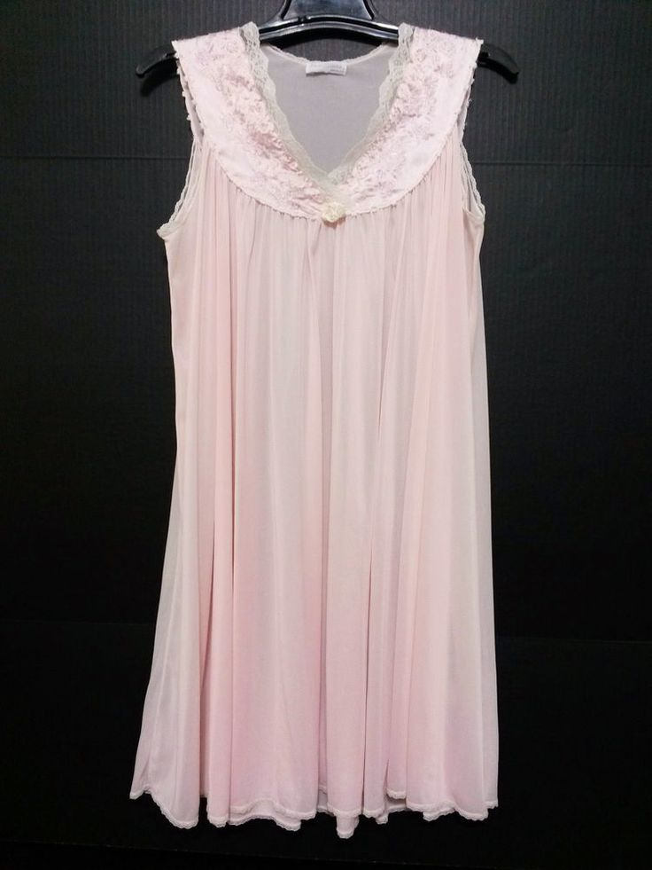 "Miss Elaine - Women's Night Gown - Size Medium (44"" Bust) Vintage Short Pink Lingerie  #MissElaine  ..... Visit all of our online locations.....  www.stores.eBay.com/variety-on-a-budget .....  www.amazon.com/shops/Variety-on-a-Budget .....  www.etsy.com/shop/VarietyonaBudget .....  www.bonanza.com/booths/VarietyonaBudget .....  www.facebook.com/VarietyonaBudgetOnlineShopping"