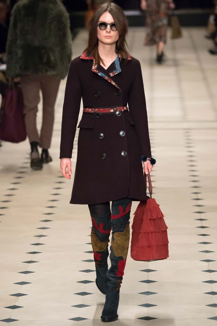 Burberry Prorsum - Fall 2015 Ready-to-Wear - Look 15 of 55
