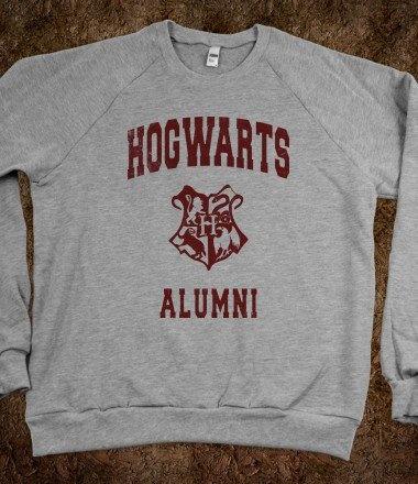 Hogwarts alumni (Vintage Sweater) - Fun, Funny,