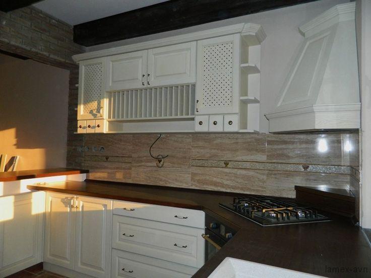Drevena kuchyňa.