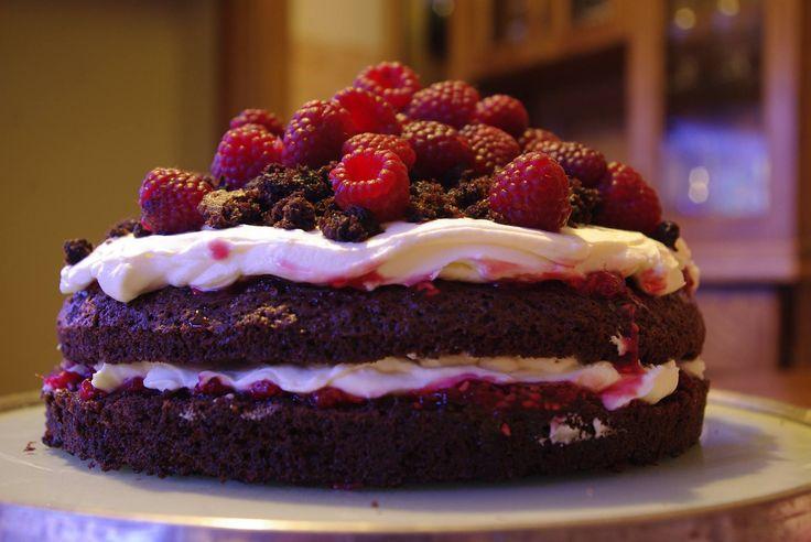 Chocolate-raspberry cake.  Recipe in polish: http://www.mojewypieki.com/przepis/torcik-czekoladowy-z-owocami-lata