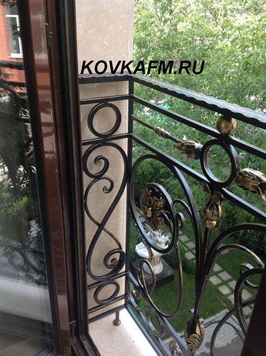 Французские балконы в Москве