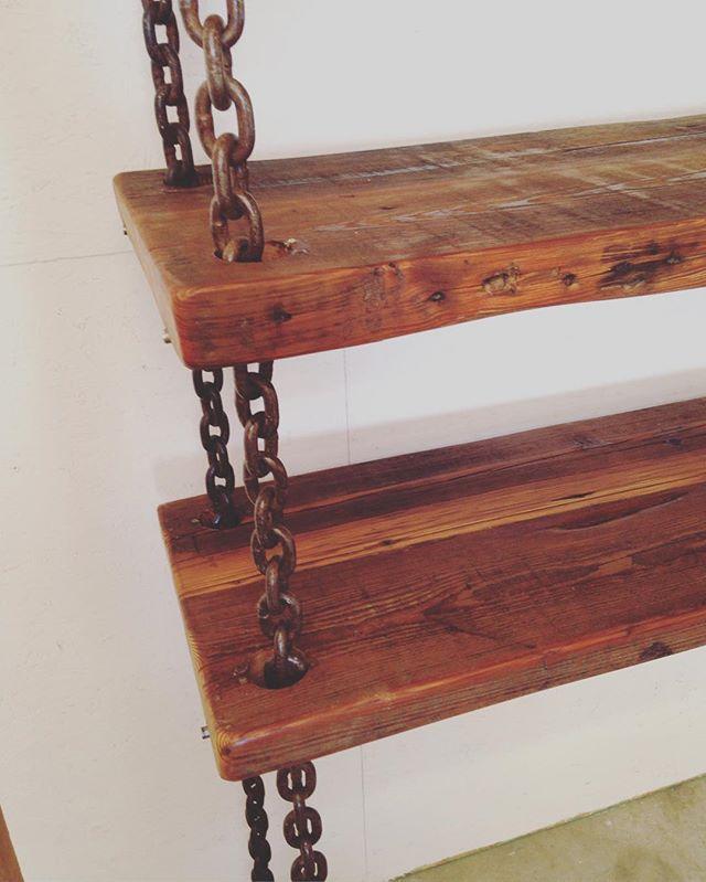 Closeup!  Hanging chain shelf!  #interiors #interiordesign #atx #austintx #chain #hanging #industrialchic #industrialenvy #industrialshelving