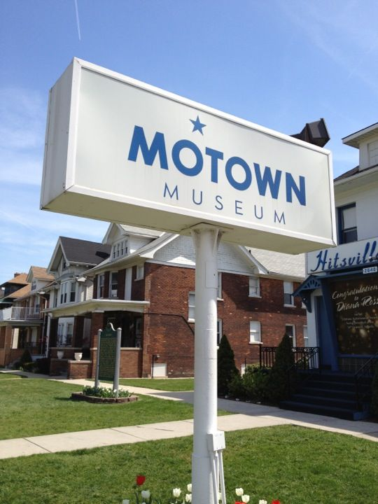 You can not be from the D, (big or little) and not have a love of Motown music. It is in our blood. Barry Gordy, the Supremes, Smokey Robinson...the list goes on and on. In this little house, history was made. If you love this music, you must make this a place to visit.