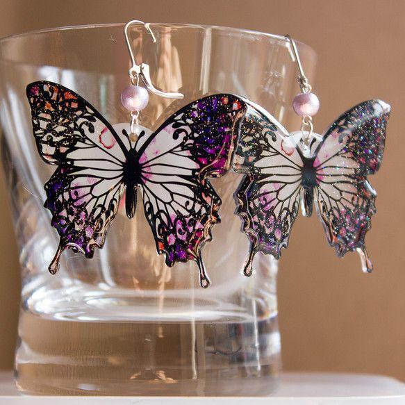 蝶々ピアス アラビアンナイト柄 ピンク