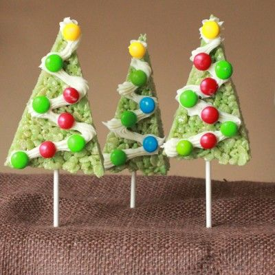 Rice Krispie Christmas Trees - Fun Family Crafts