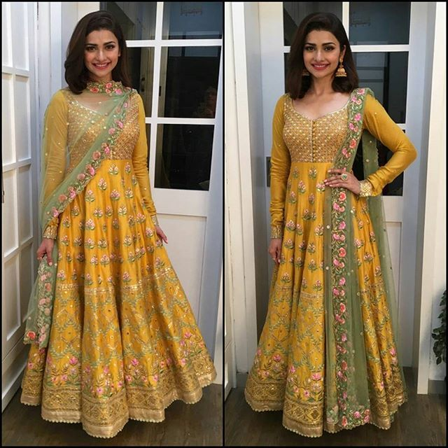 Wearing @TamannaPunjabiKapoor, @PrachiDesai looked lovely as she attended an Event. Isn't it a perfect outfit for the Festive Season? #OOTN #PrachiDesai #TamannaPunjabiKapoor #BollywoodActress #Bollywood #CelebrityStyle #IndianFashion #Anarkali #Festive #Glam #Beauty #Love #InstaFashion #BollyFashionFiesta