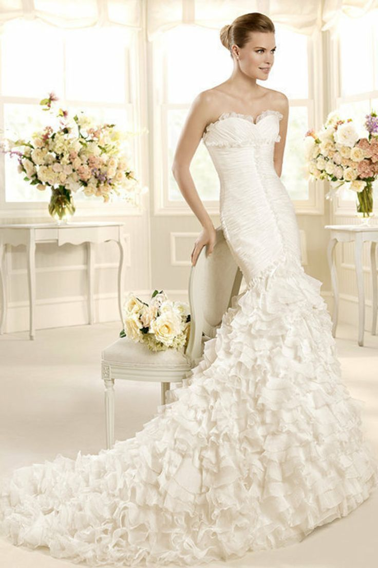 735 best wedding dresses images on pinterest wedding frocks hello gorgeous t his la sposa bridal collection 2013 brings classics wedding gown styles there are 73 wedding gawn by bien savvy you sho ombrellifo Images