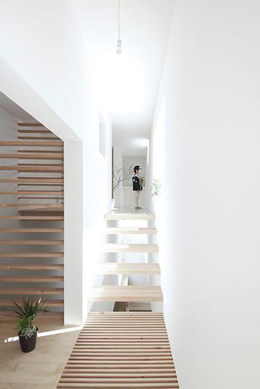 Katsutoshi Sasaki + Associates / House in Yamanote