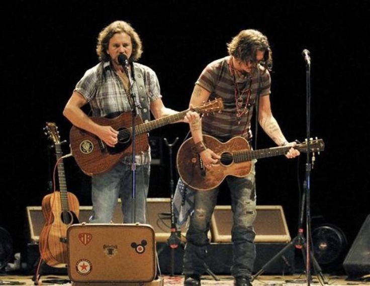 Eddie Vedder, Johnny Depp
