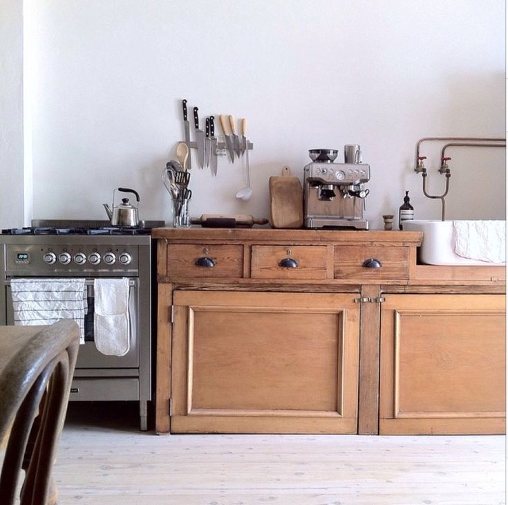 Inspiration from 17 Beautiful Rustic Kitchens
