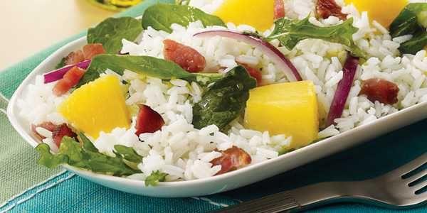 Insalata di riso: 10 ricette sane e facili da preparare