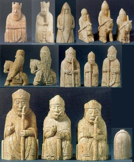 Apparu au nord de l'inde vers l'an 600, le jeu d'échecs s'est diffusé en Europe notamment via le contact arabo-musulmans/européens en Espagne. C'est un classique des jeux pratiqués au Moyen Age, mais celui que nous connaissons de nos jours est le fruit...