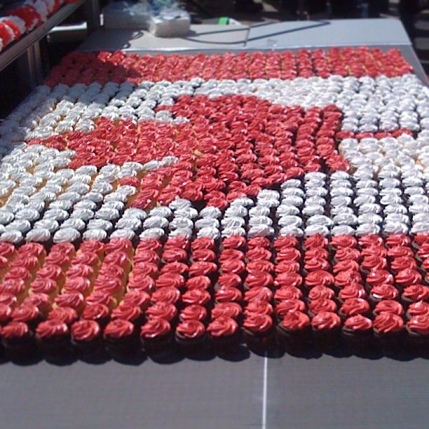Canada Day Cupcakes - RK Kitchen