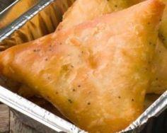 Bricks au poulet et curry façon samossas : http://www.fourchette-et-bikini.fr/recettes/recettes-minceur/bricks-au-poulet-et-curry-facon-samossas.html