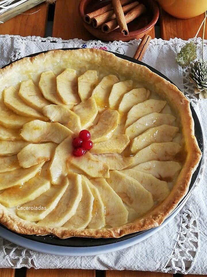 Tarta De Manzana Con Crema Pastelera Y Masa Quebrada En 2020 Tarta De Manzana Tartaletas De Manzana Pastelera