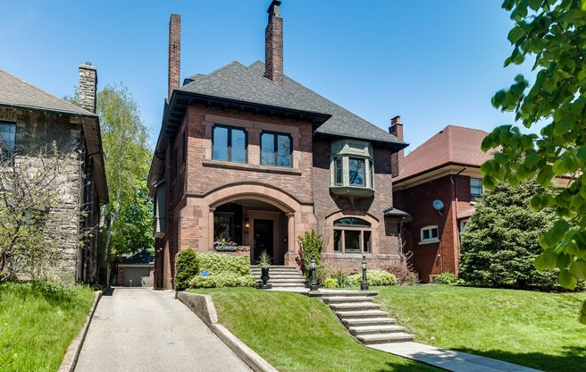 """A throwback to 2015 - 54 High Park Blvd was featured in Toronto Life's House of the Week column last June:  This house is approximately 100 years old and has a (sadly non-functional) """"sherry"""" button to the right of the living room fireplace, which originally would have rung a bell in the third-floor servants' quarters when the …"""