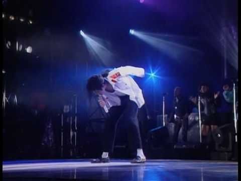 ▶ Michael Jackson - Man in the mirror LIVE Bucharest Dangerous Tour 1992 - YouTube
