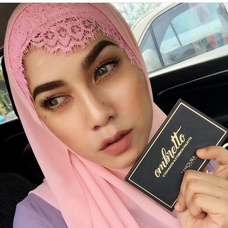 Omg babe you look so pretty! Ombretto Eyeshadow Palette on the eyez ��❤️ #amouracosmetics #amouralovers #kylielipkit #hudabeauty #lipstick #lipcream #matte #mua #makeup #kyliejenner #lip #lipmatte #nyx #mac #maccosmetics #nars #anastasiabeverlyhills #lips #colourpop #lasplash #faceoftheday #makeupmafia #makeupaddict #shimmer #blush #bronzer #makeover - #regrann http://ameritrustshield.com/ipost/1564269814700319036/?code=BW1ZxvOFCE8