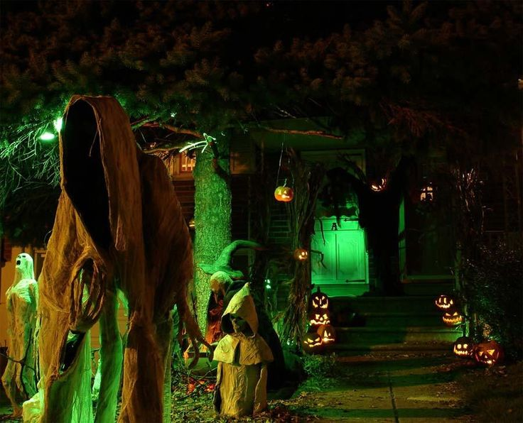 ideas inspirations spooky mansion pumpkin halloween yard haunter decorations outdoor halloween decorations