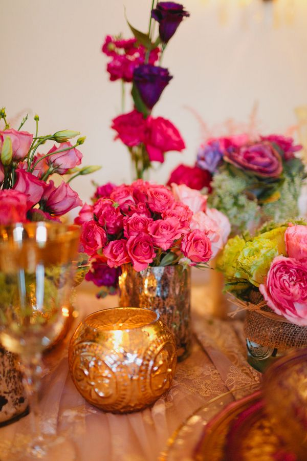 Pink and gold tablescape #wedding #reception #weddingflowers    Photo: www.janiceyiphotography.ca    Wedding Planner: www.traceymevents.ca Featured on: Wedding Obsession Wedding Blog http://www.weddingobsession.com/2014/01/29/luxurious-mexico-inspired-style-shoot/