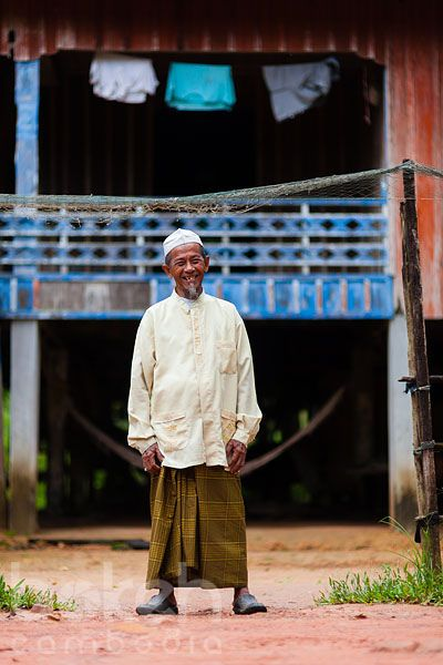 Khmer Cham man on the former land of Marguerite Duras' residence | Sihanoukville Province, Cambodia