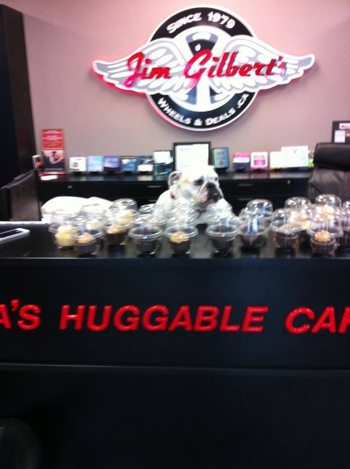 Thanks to LauraLee's Buttercream Dreams for bringing us some delicious treats, Chrome approved!