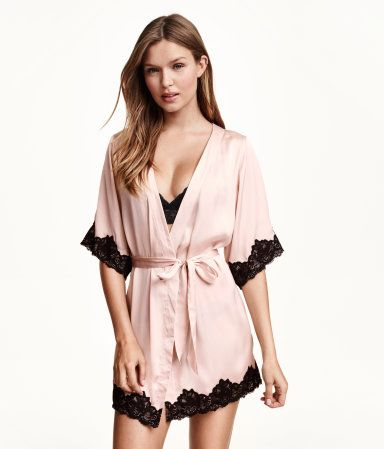 Short-sleeved kimono robe in powder pink satin with lace details, concealed tie at one side, and removable tie belt. | H&M Lingerie