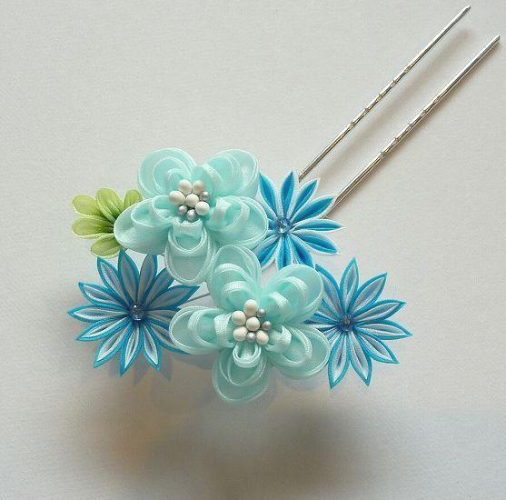 「福梅と菊のかんざし」 水色