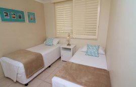 Crystal Beach - Special Offers 2 Bedroom 1 Bathroom + Ensuite Apartment - Family Apartments Gold Coast Tugun