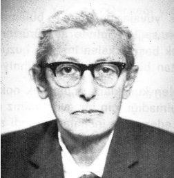 Prof. Dr. Ayşe Saffet Rıza Alpar, ilk kadın rektörümüz. (1903-1981) (İ.Ü. Fen Fak. kimya bölümü mezunu)