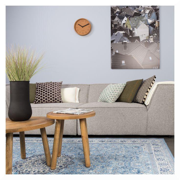 Juhuu. Es ist wieder Montag! Unser Produkt der Woche ist der bezaubernde Milkmaid Teppich von Zuiver. Das niederländische Design ist ein wahrer Hingucker in jedem Wohnzimmer! Weitere Teppiche findet ihr hier.