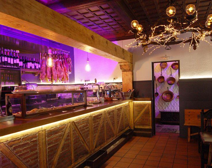 """Exposición de trabajos realizados en torno a la Arquitectura de Interior, por Francisco Silván. """"Laly"""" Diseño de Restaurante.  Segovia. 2016. www.arquitecturadeinterior.com"""