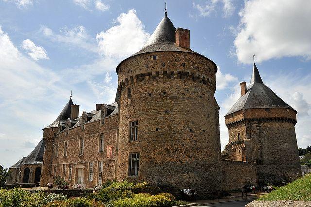 Château de Sillé-le-Guillaume - Sarthe by Philippe_28, via Flickr