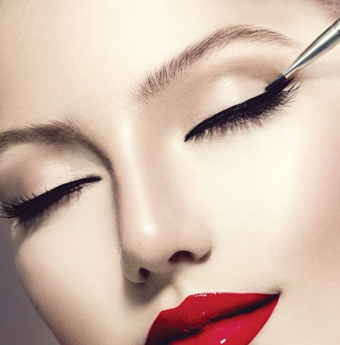 richtig schminken eyeliner ziehen