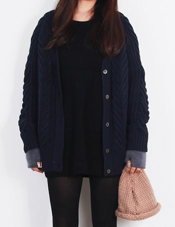 Today's Hot Pick :Heavy Knit Cardigan http://fashionstylep.com/P0000QUJ/vivaglam7/out Top this heavy knit cardigan on your winter get-up for a prep and delicate appeal. Thick and durable to guarantee warmth and comfort, with intricate mixed knit patterns for elegant style. Designed with a deep v-neckline, button down front, long sleeves with ribbed cuffs and hem. Available in navy and grey shades.