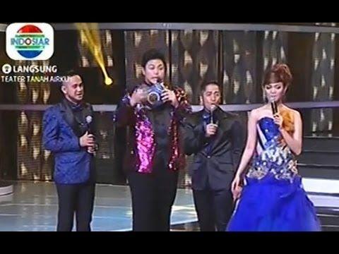 Ivan Gunawan Di Kerjain Ramzi, Irfan & Rina di Indonesian Dangdut Awards...