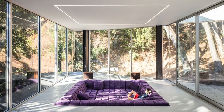 The Conversation Pit Makes a Much-Appreciated Comeback at an Ultramodern Home in Cupertino - Dwell