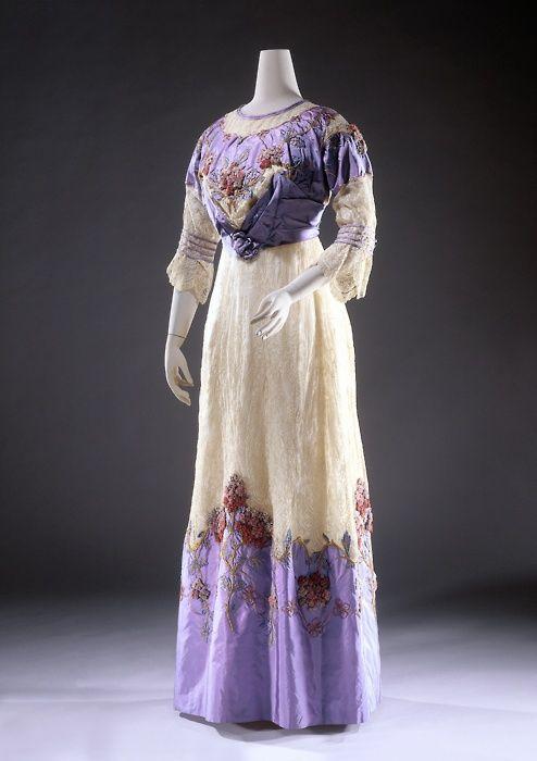 Dress, circa 1909-1912 via Rijksmuseum