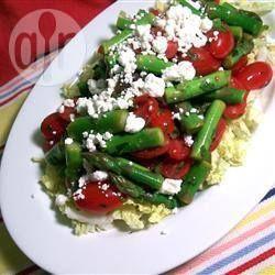 Photo de recette : Salade d'asperges, tomates et fromage feta