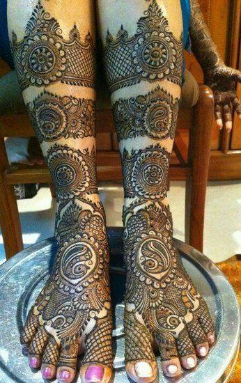 Mehendi Designs - Bridal Feet Mehendi Designs | WedMeGood #mehendi #wedmegood