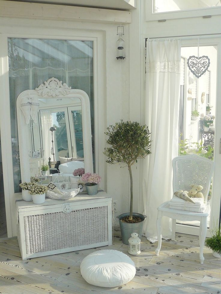 shabby chic d co home pinterest d co salon shabby et miroirs. Black Bedroom Furniture Sets. Home Design Ideas