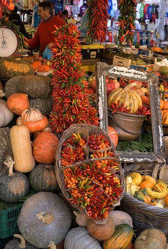 Autumn Harvest at Campo de Fiori Market in Rome ♠ | da EdZa